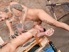 Mickey Cums Hard After Face Banging Izan - Izan Loren And Mickey Taylor